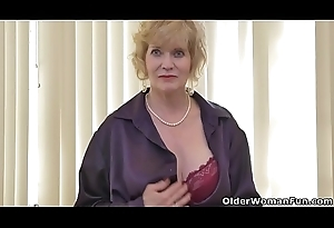American gilf Sindee Dix will show you what she can't live without most