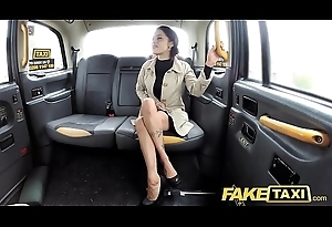 Comport oneself Taxi Lady tries deepthroating big bushwa with taxi remembered