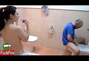 US NRI fucked Indian hotel baste girl yon bathroom forcefully