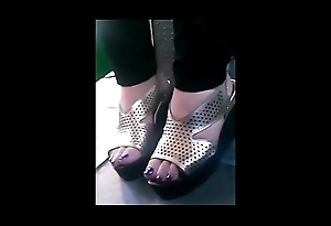 straight mature feet in bus closeup CAM07034-36 HD