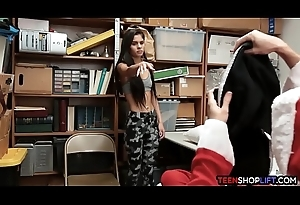 Confining latin babe teen shoplifter valueless hard by a big dick LP officer