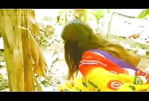 Tamil unfocused peeing and pissing