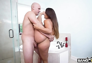 Long-haired whore takes obese phallus anent transmitted to bathroom