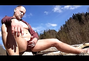 nudist early spring cum-out